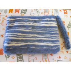 Mink pouch in blue and white